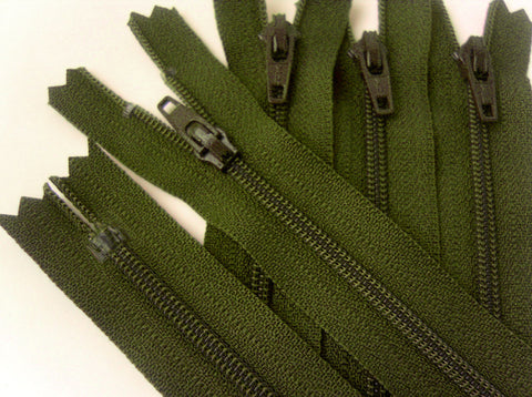 Z3434 YKK 51cm Army Green Nylon No.3 Closed End Zip