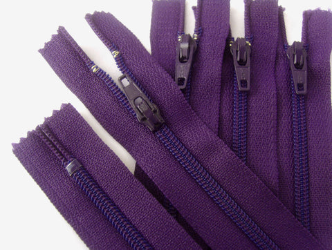 Z4265 YKK 13cm Deep Liberty Purple Nylon No.3 Closed End Zip