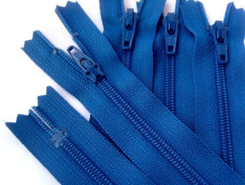 Z4169 YKK 10cm Dark Royal Blue  Nylon No.3 Closed End Zip