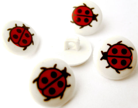 B14066 14mm White and Red Ladybird Novelty Children Shank Button