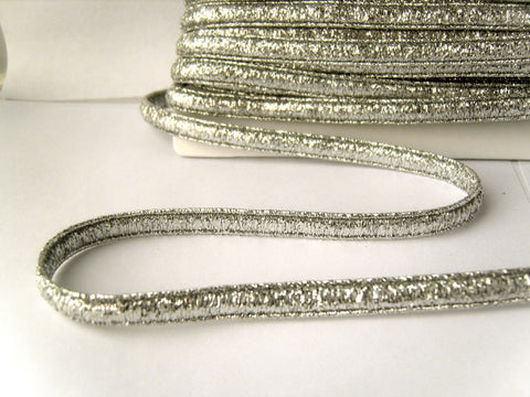 FT3115 8mm Metallic Silver President Braid Trimming