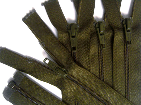 Z1524 Optilon 56cm Olive Green Nylon No.5 Open End Zip