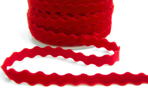 R7016 11mm Scalet Berry Red Velvet Ric Rac Ribbon by Berisfords