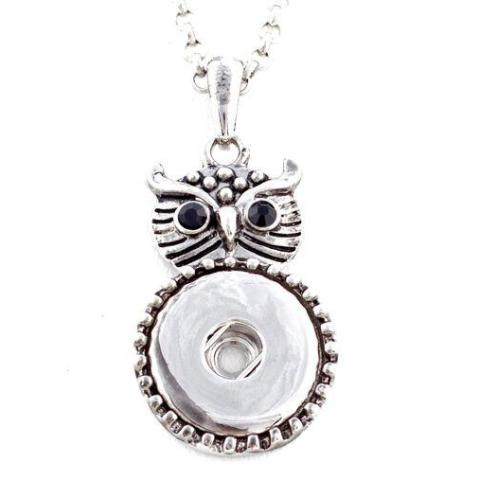 Metal Black Eyed Owl Snap Necklace