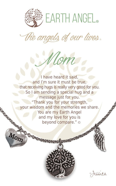 Mom :: Necklace