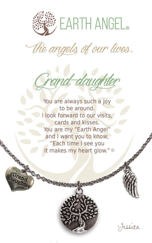 Open image in slideshow, Grand-daughter: Necklace