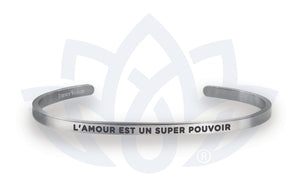 Open image in slideshow, L'amour est un super pouvoir: Bracelet