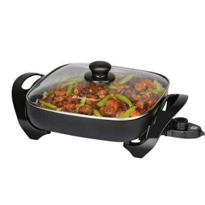 11 in. Skillet with Glass Lid