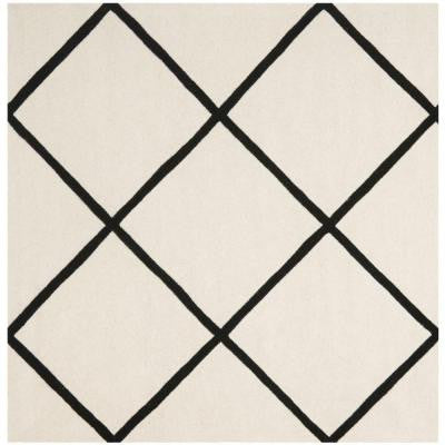 Chatham Ivory/Black 7 ft. x 7 ft. Square Area Rug