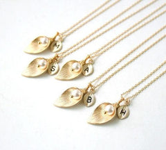 Copy of ED33 Handmade Gold Calla Lily Faux Pearl Initial Necklace L M R S T