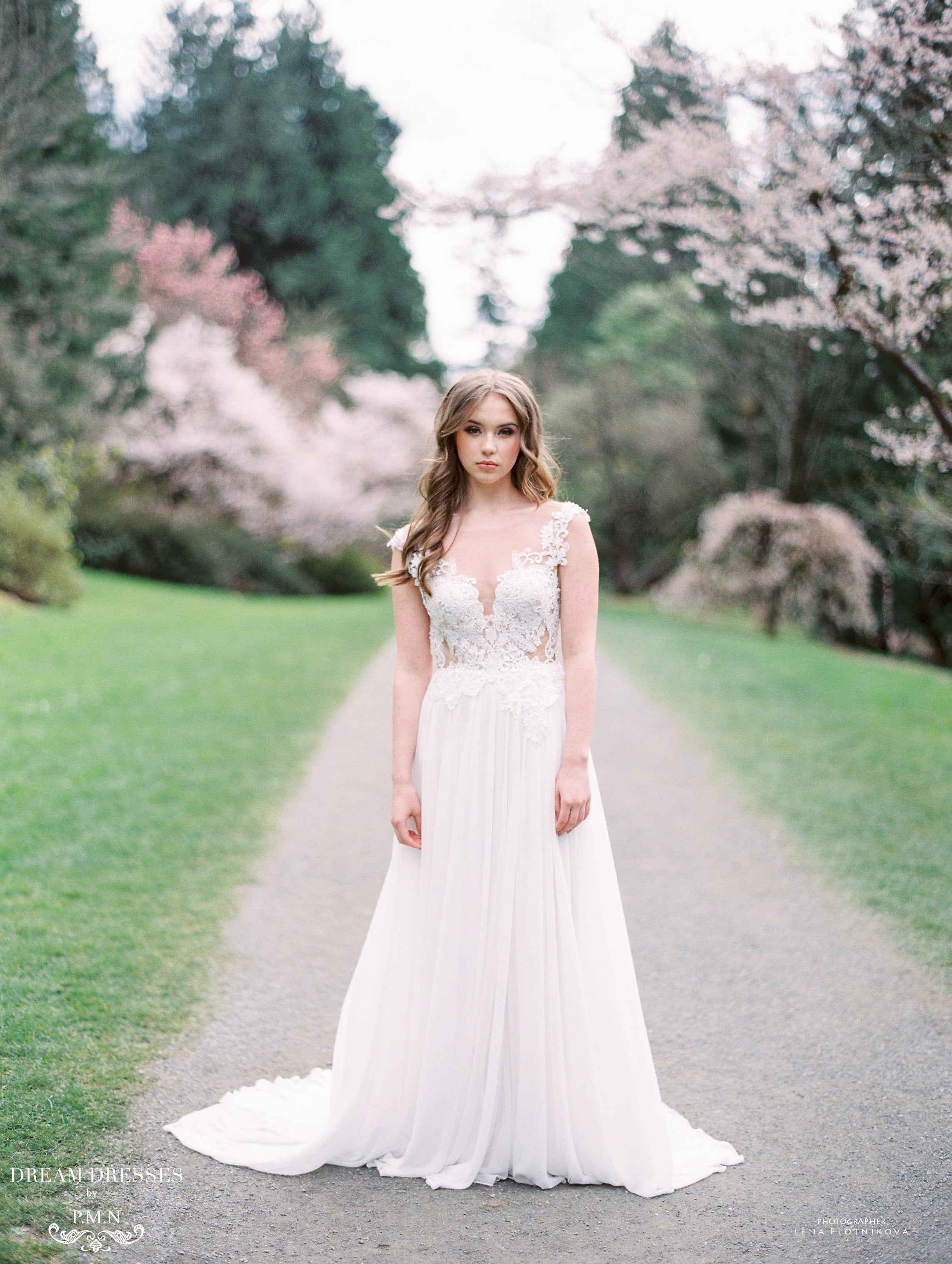 Lace and Chiffon Wedding Dress (#Inaya)