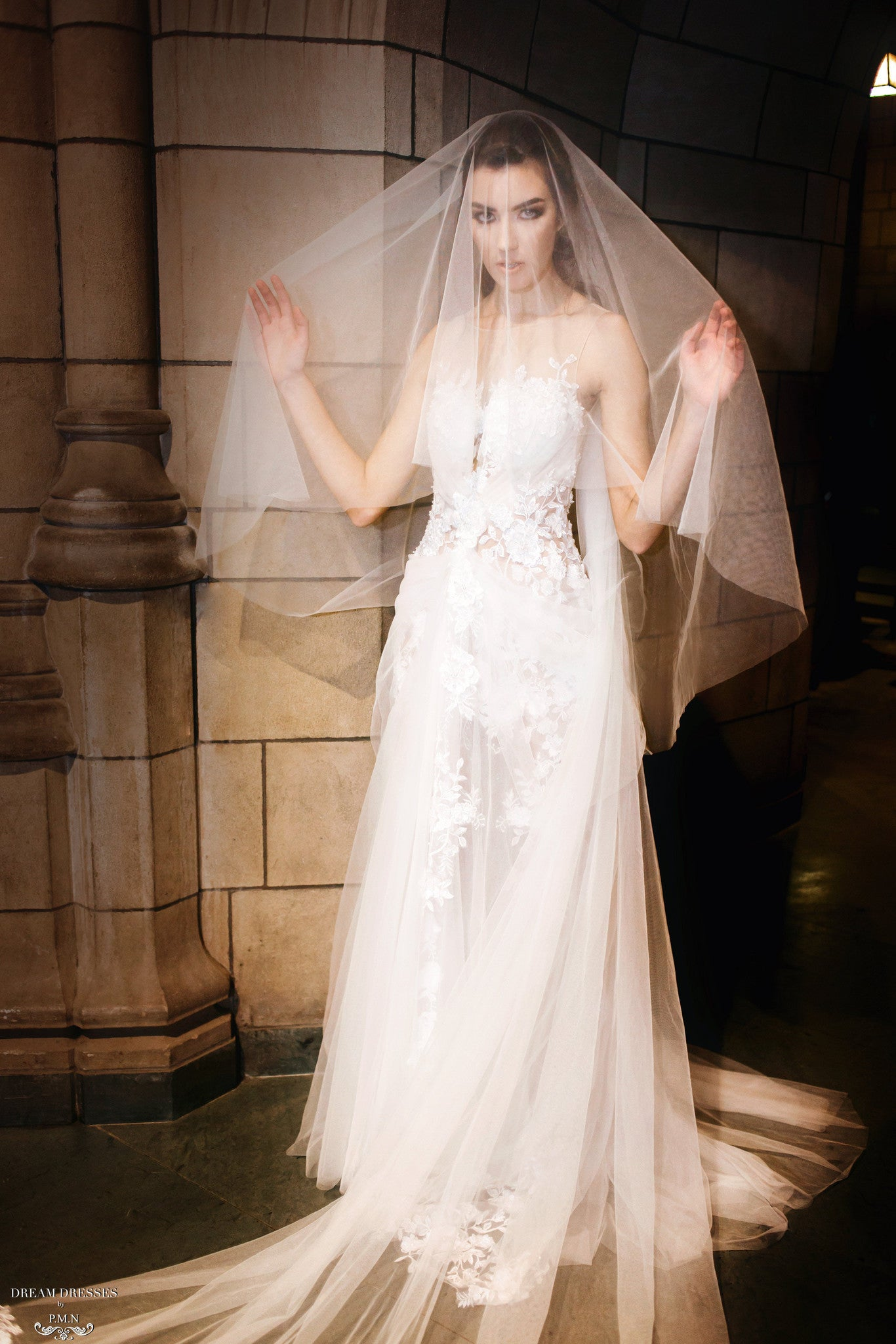 Cathedral Drop Veil with Floral Lace Appliqué(#Cécile)