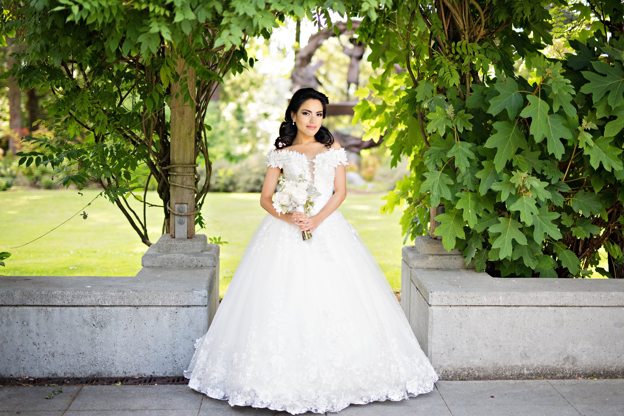 SAMPLE SALE/ Off Shoulder Lace Ball Gown with 3D Flowers (#Alexia)