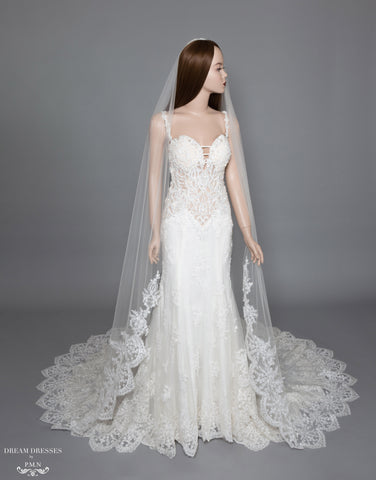 Lace Trim Bridal Veil (#Diantha)