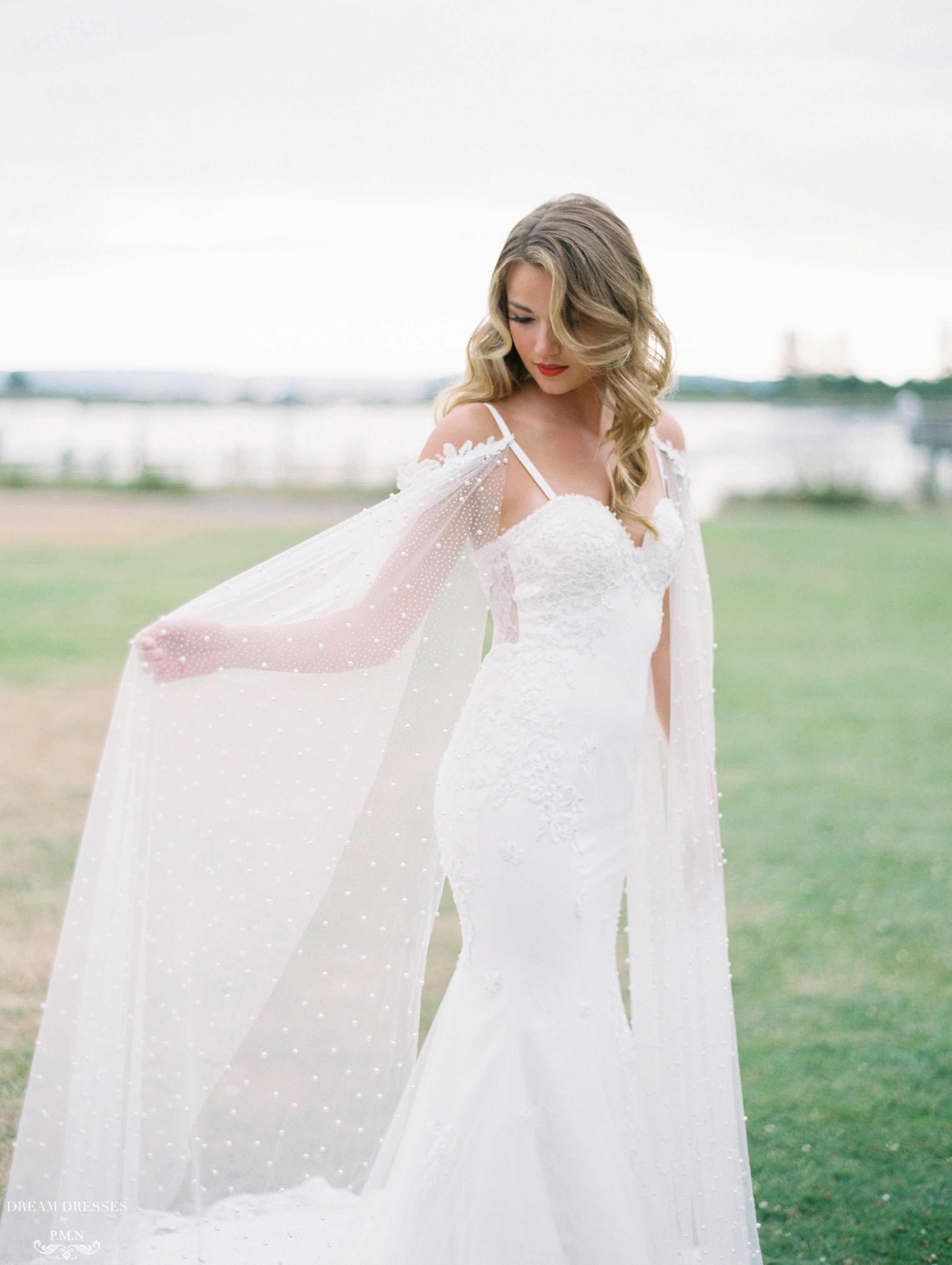 Detachable Bridal Sleeve Cape (#ELAINA)