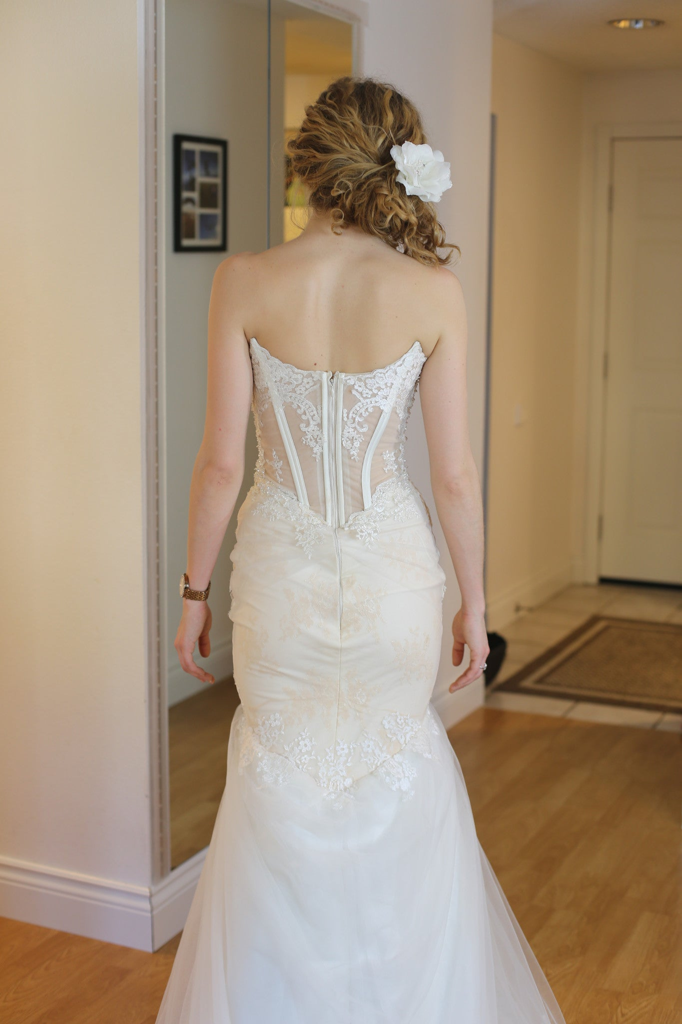 Sheer Bodice Trumpet Wedding Dress (#Betty)