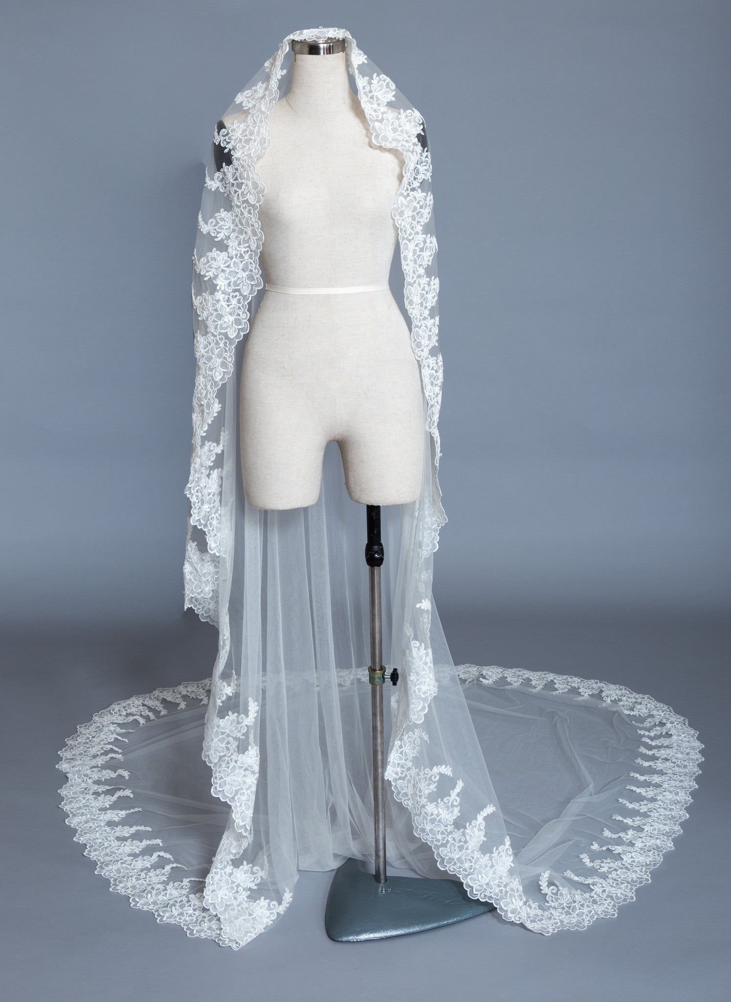 Cathedral Wedding Veil (#Irina) - Dream Dresses by P.M.N  - 1