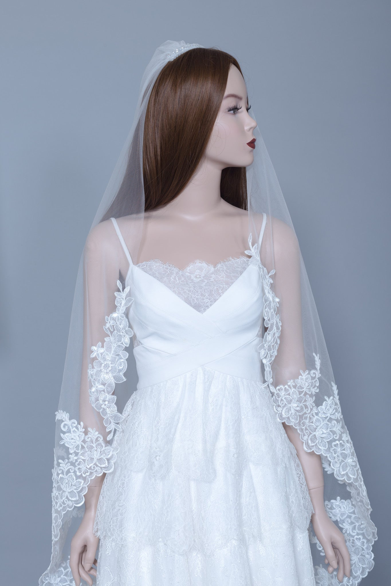 Lace Wedding Veil (#Helia)