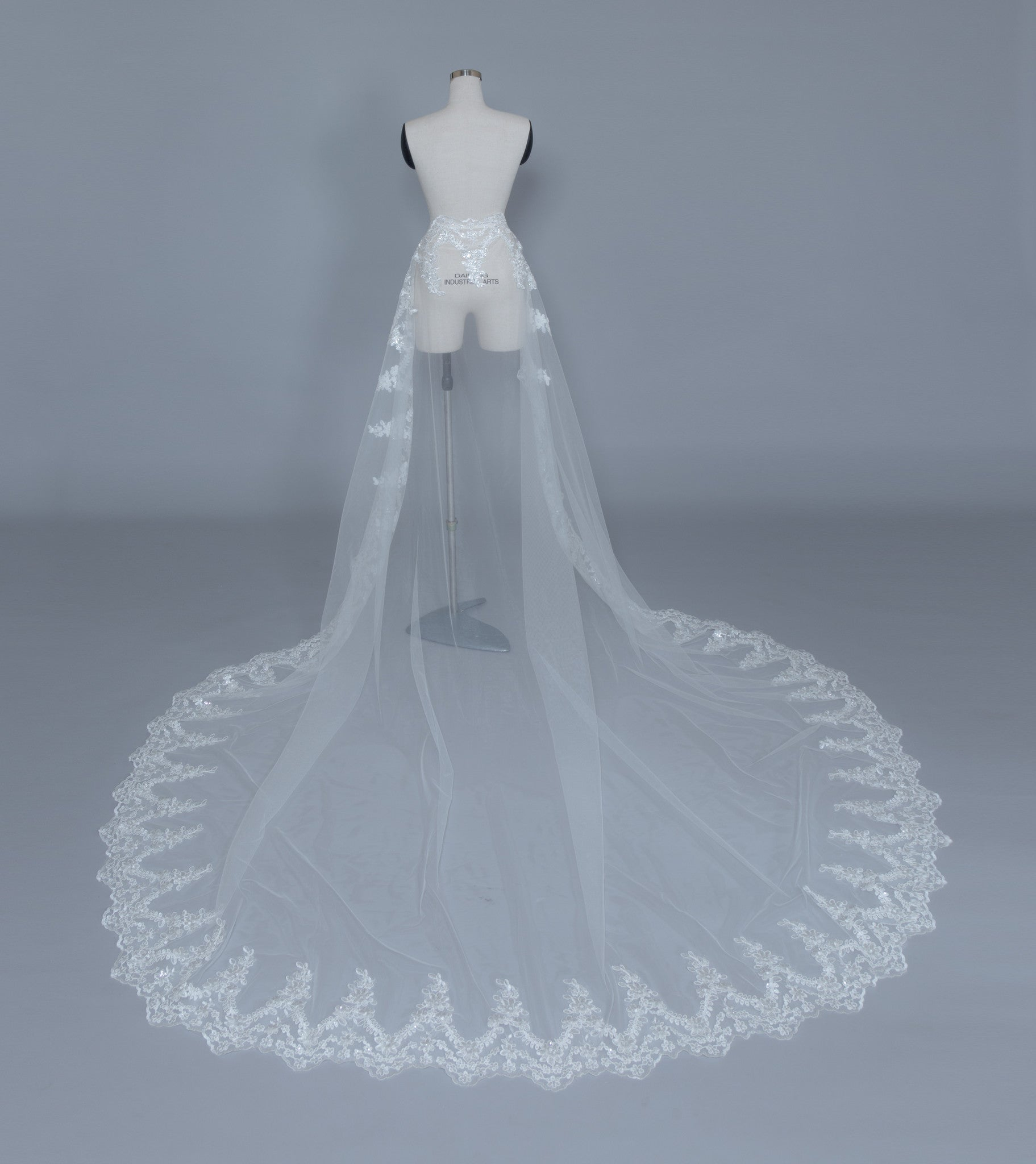 Detachable Bridal Train (#Kallista)