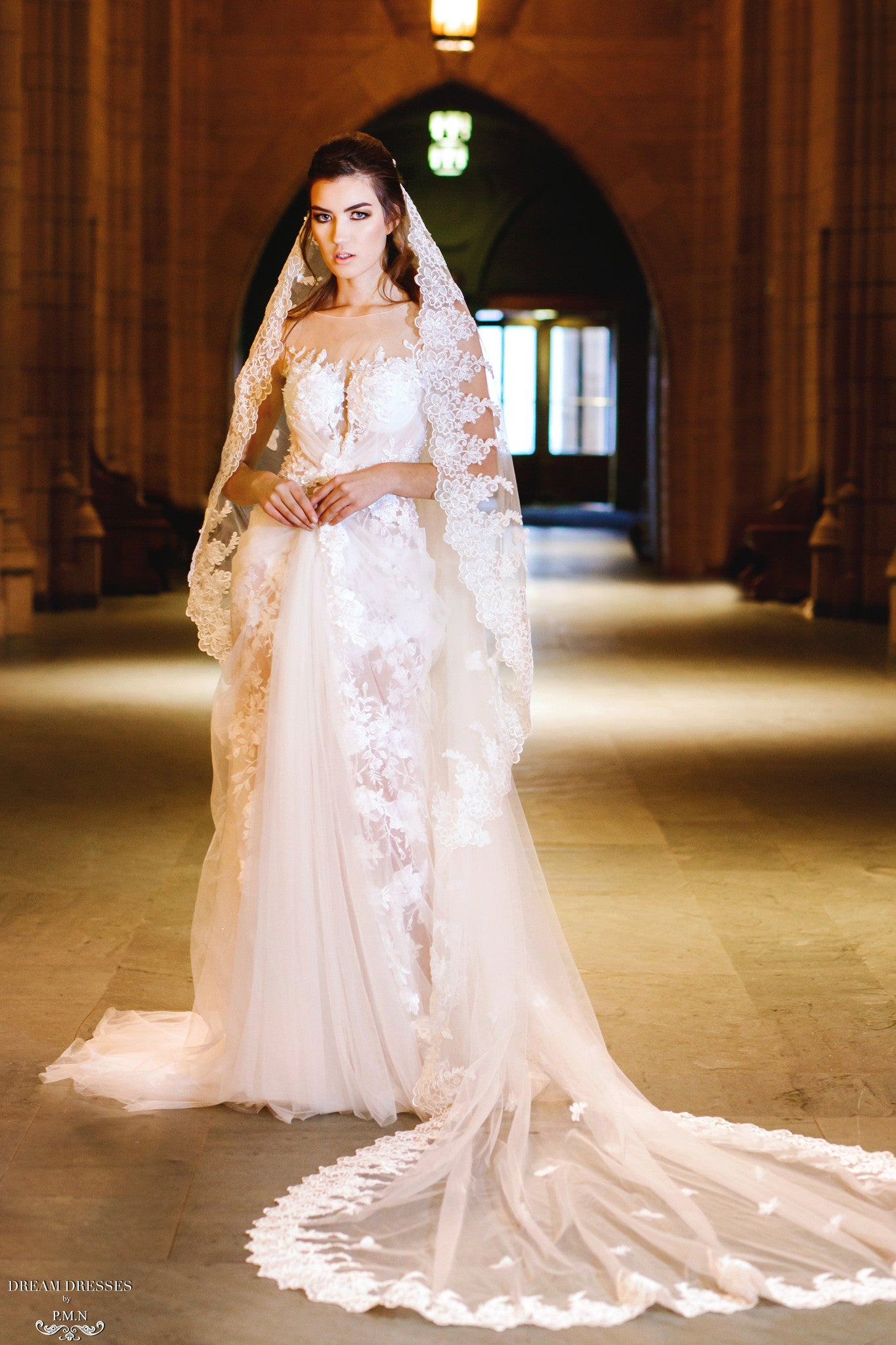Cathedral Wedding Veil (#Izia)