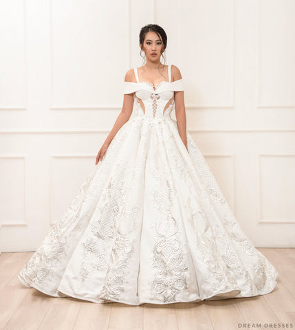 Princess Ball Gown Wedding Dress (#Esmée)