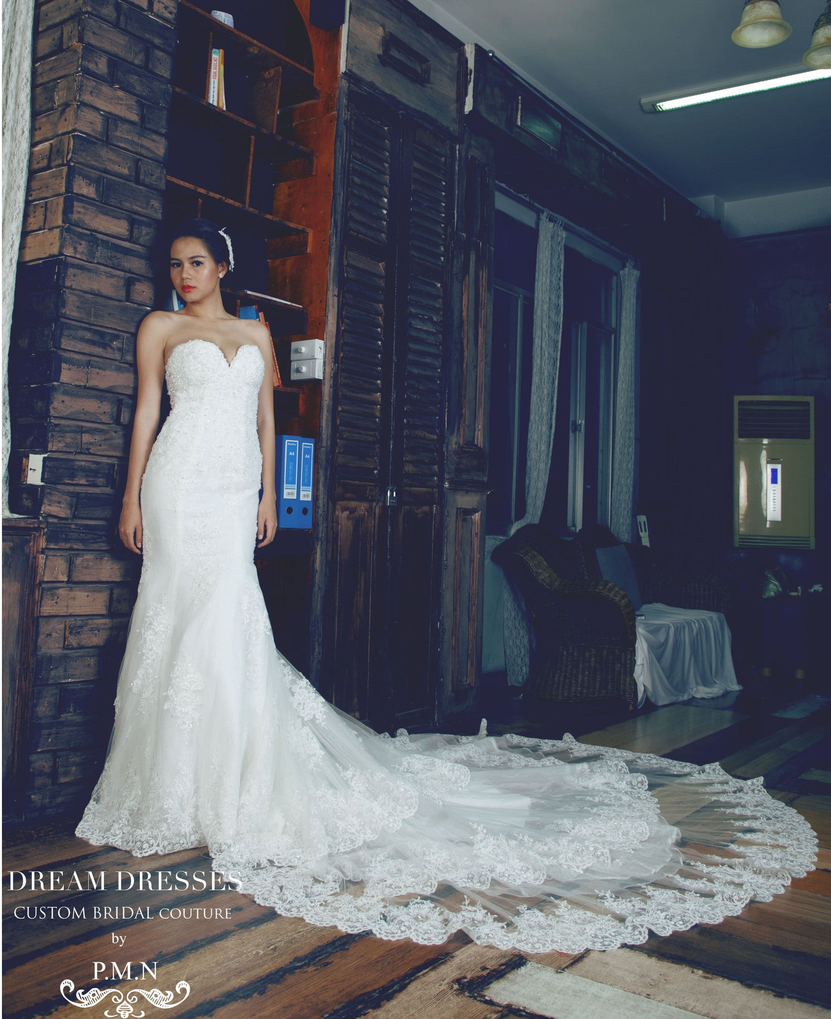 SAMPLE SALE/ Sweetheart Strapless Wedding Dress with Three Layer Long Train (# PB094) - Dream Dresses by P.M.N  - 4