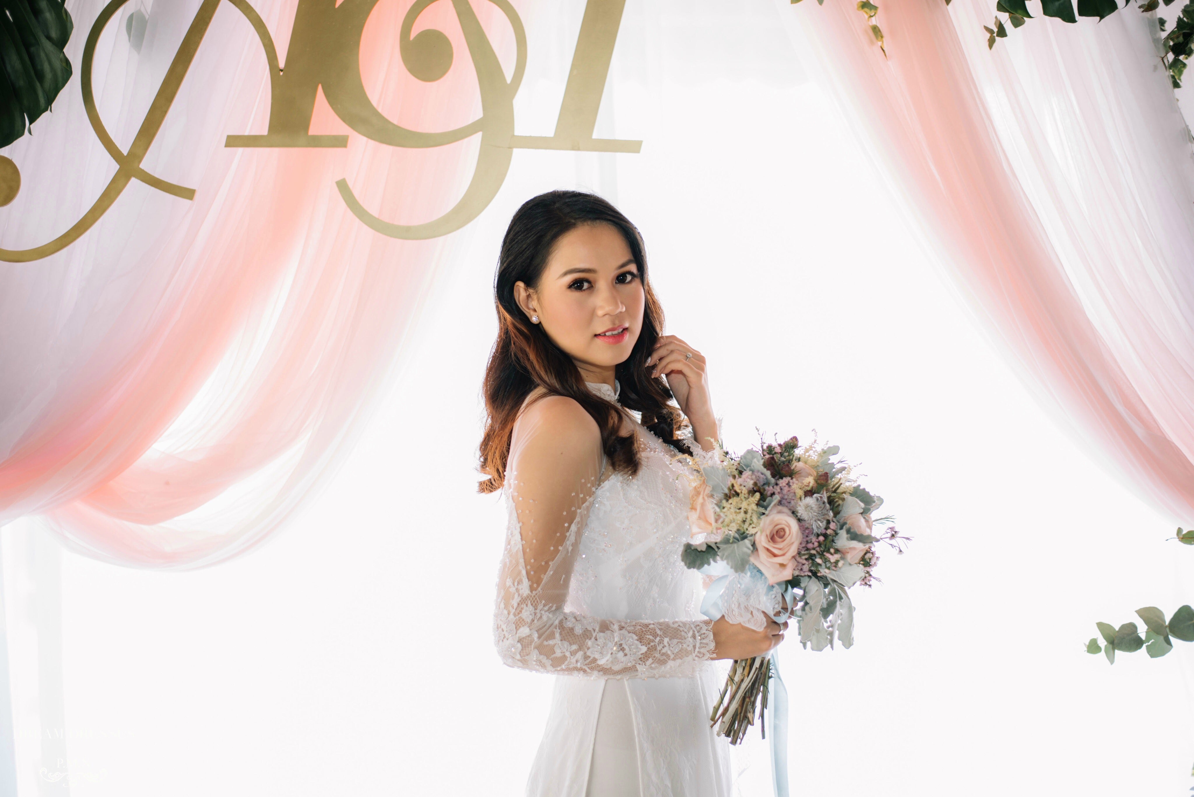 White Bridal Ao Dai | Vietnamese Lace Bridal Dress (#ISABELLE)