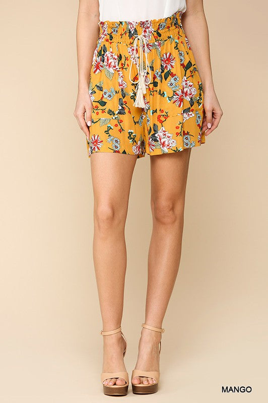 Floral Print Shorts w/ Pockets in Mango