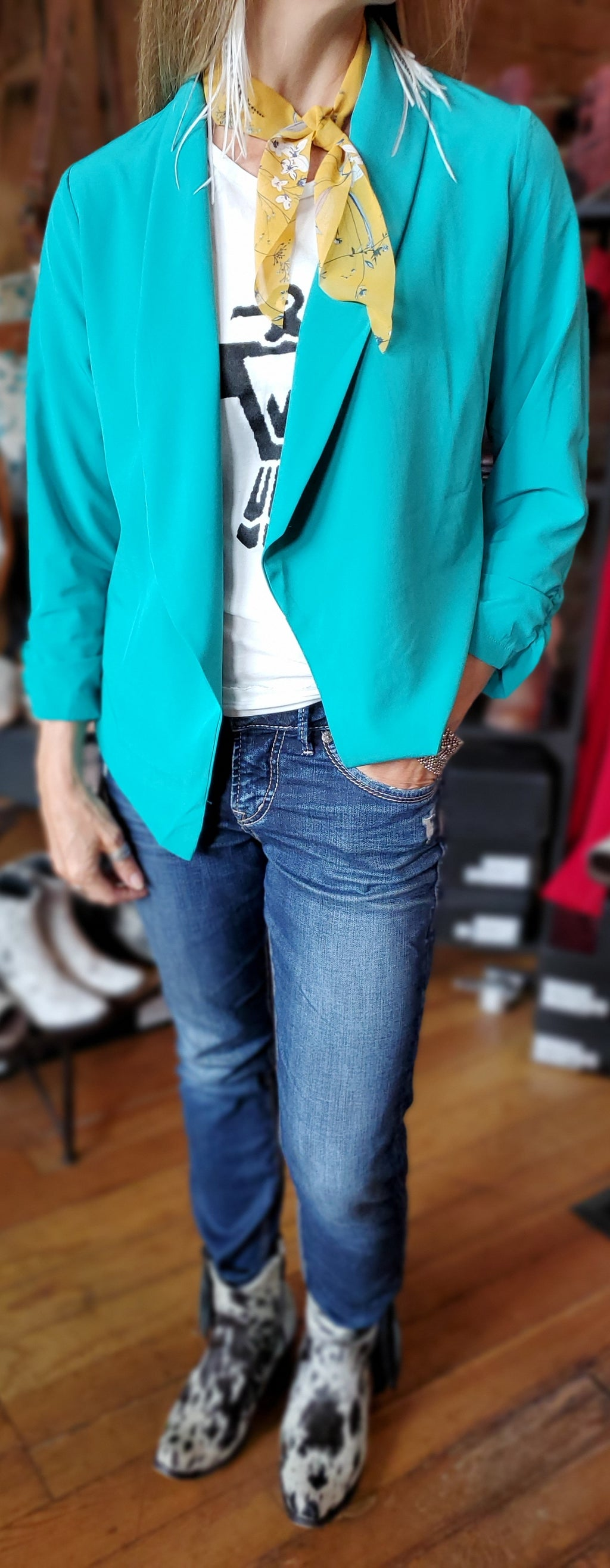 Sleek Open Front Blazer w/ Cinched Sleeves in Jade