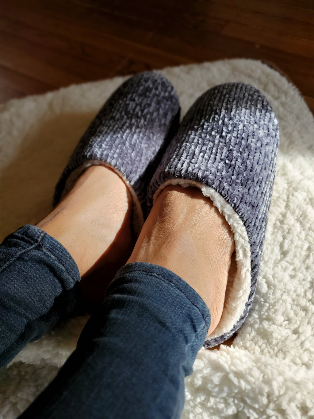 Chenille Slip On Indoor Slippers - tempting-teal-boutique