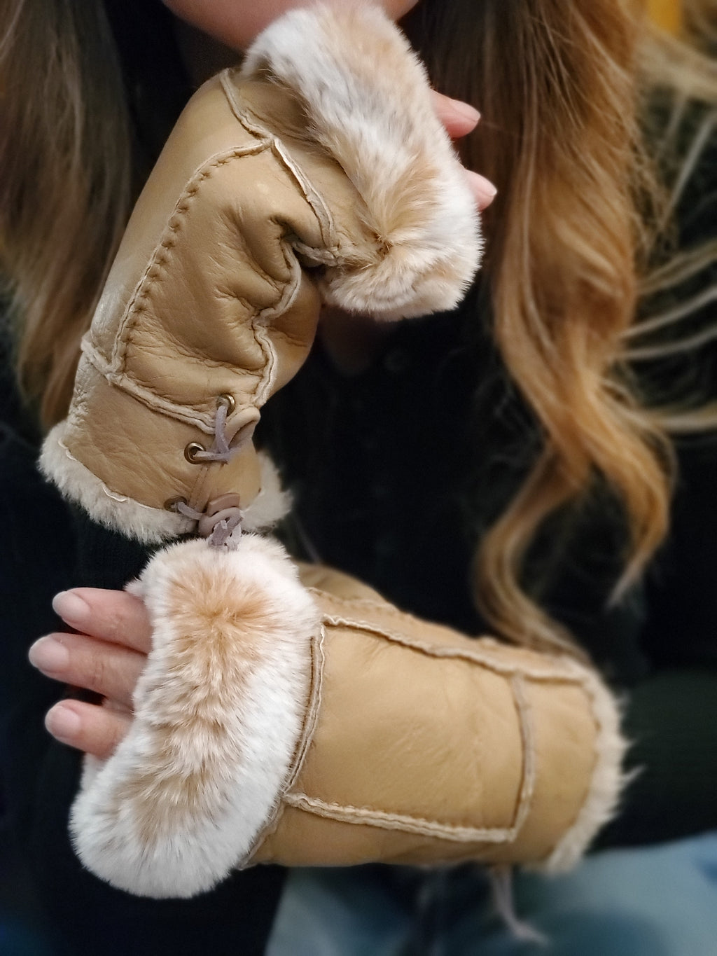 Beige Shearling Rabbit Fur Gloves