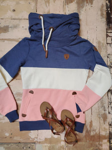 Wanakome Selene 2 Pullover Hoodie in Blue and Peach Block
