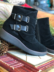 Blowfish Cocoa Short Boot in Black