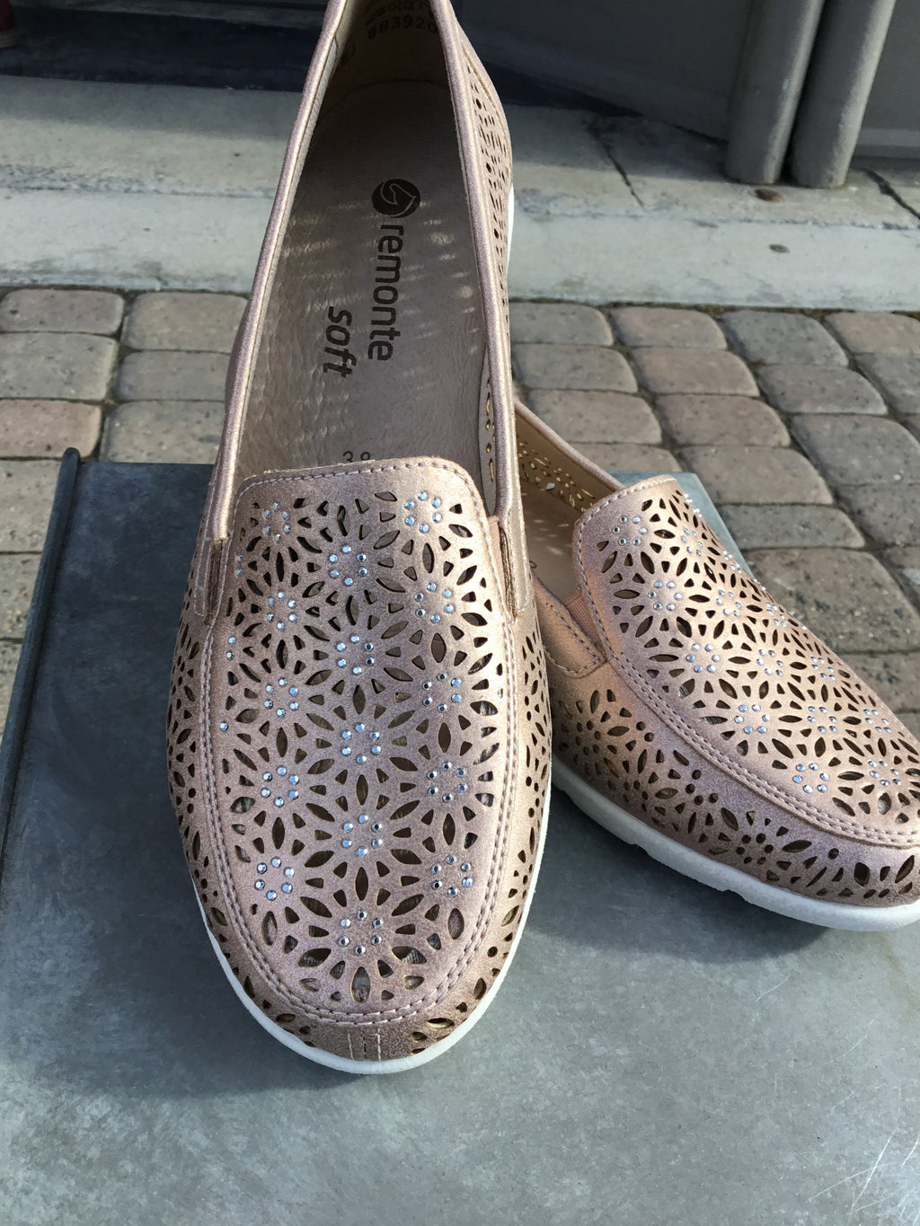 Remonte Malea Rose Slip on Loafers