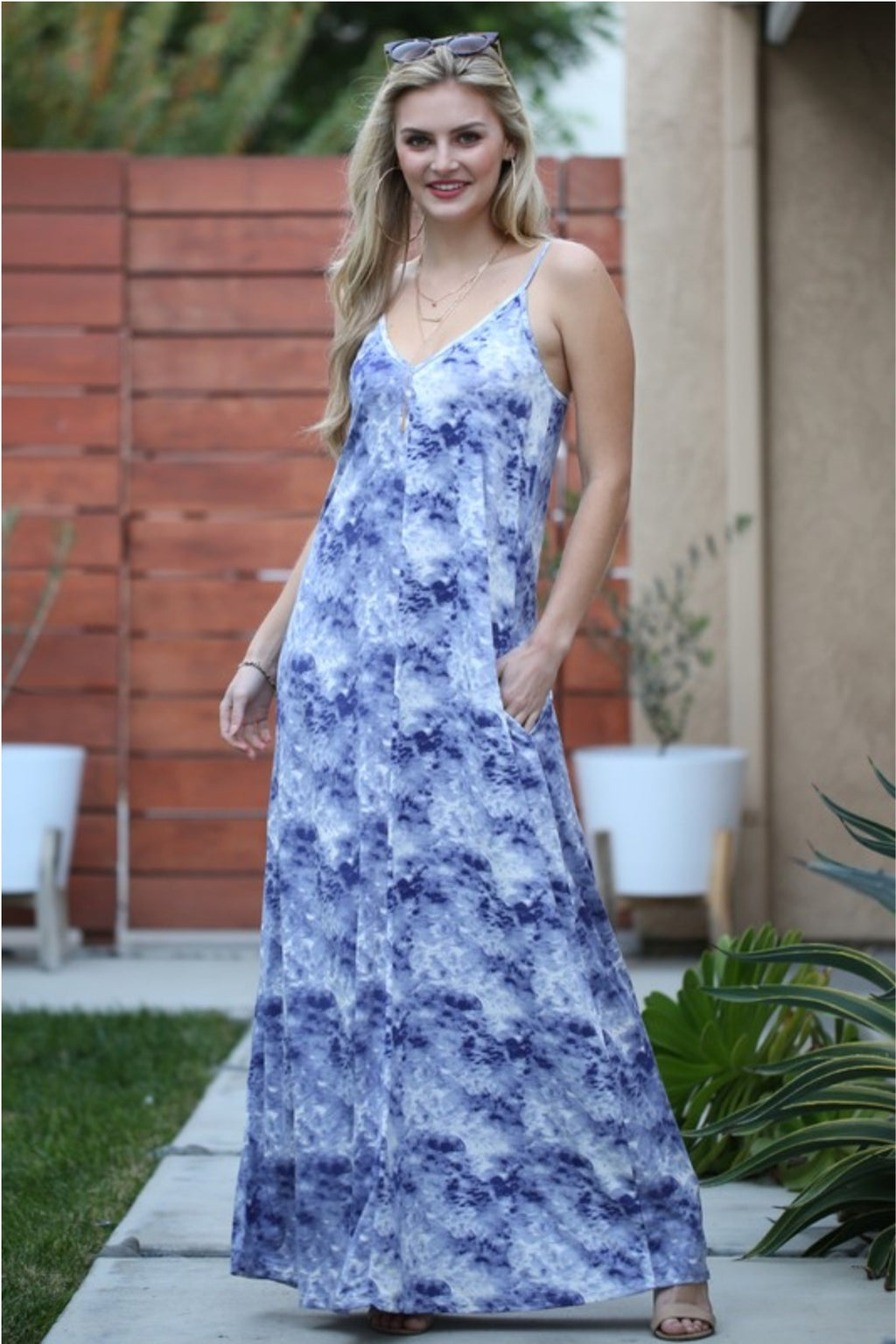 V-Neck Loose Fit Maxi Dress in Denim/Ivory Cloud