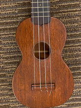 "Load image into Gallery viewer, Martin style ""O"" Ukelele 1950's"