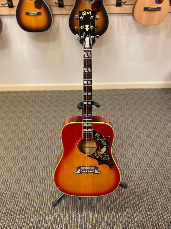 Gibson Dove (1966) Acoustic Guitar