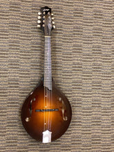 Load image into Gallery viewer, Collings MT Mandolin 2014
