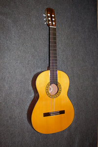 Vega International VC-20 Classical Guitar c. 1985