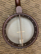 Load image into Gallery viewer, Deering Artisan goodtime americana banjo 12'