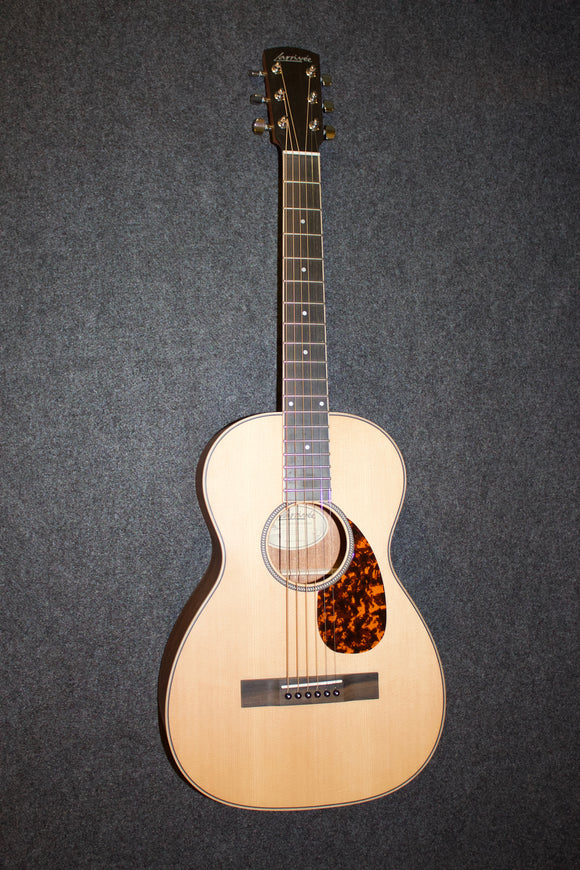 Larrivee P-02 All-solid Parlor Guitar