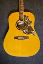 Load image into Gallery viewer, Suzuki SUA-D Acoustic Guitar - Used