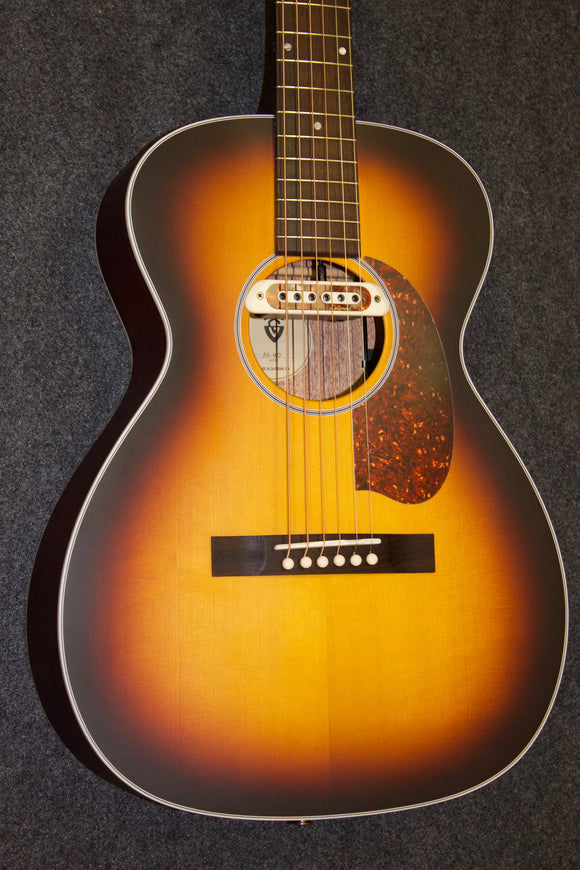 Guild USA M-40 Troubador (2018)