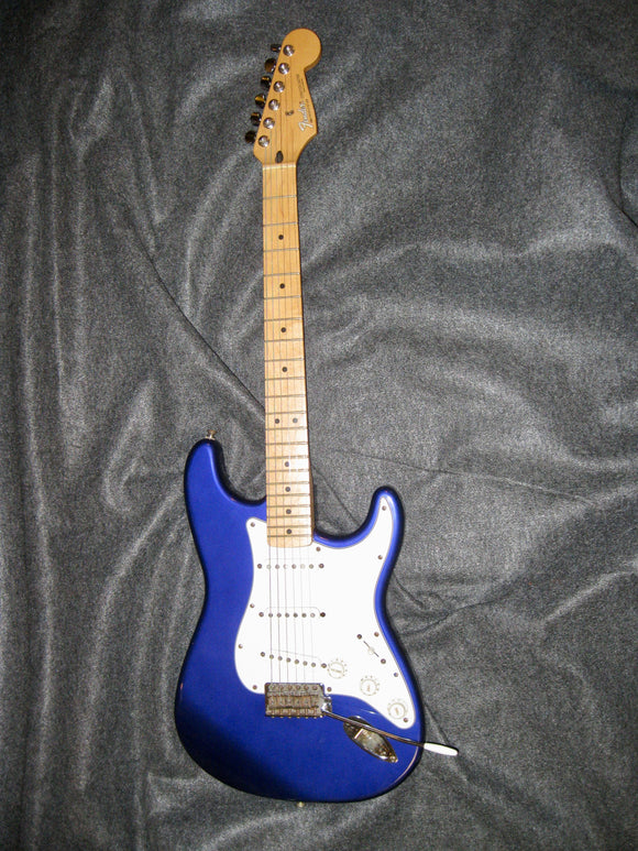 Fender Midnight Blue Stratocaster 1999 (Made in Mexico) - Jakes Main Street Music