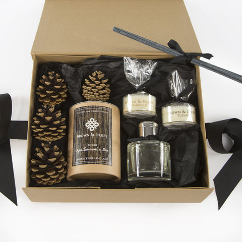 Tudor Cedarwood Gift Set