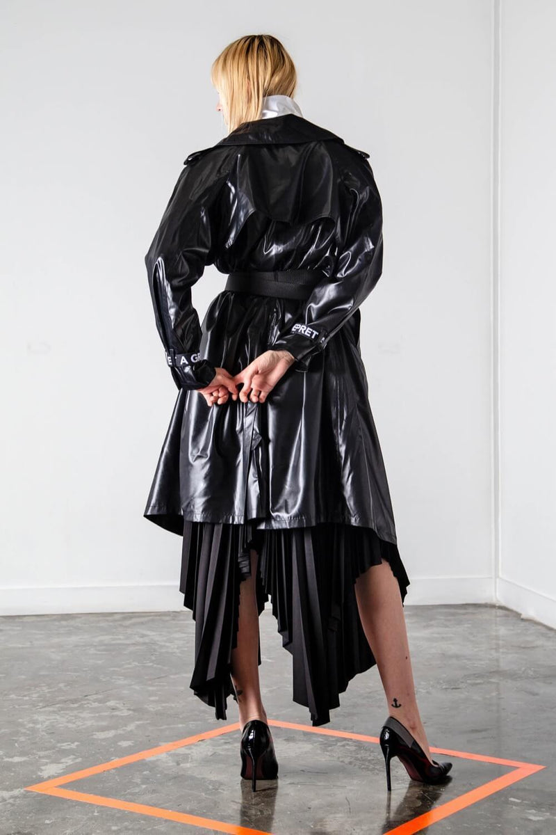 BERLIN RAINCOAT WITH HARDWARE BELT