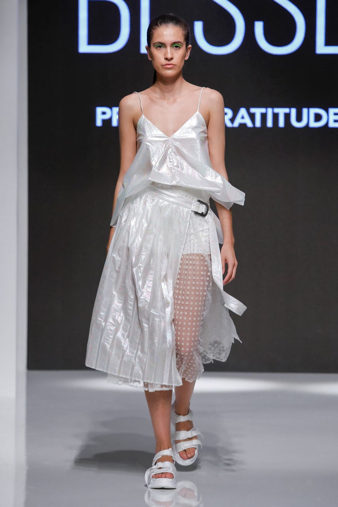 Double pleated skirt tulle / iridescent off-white