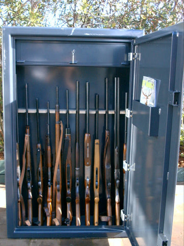 E Licence 3B Gun cabinet with lockable top