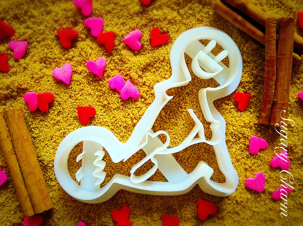 The Clip cookie cutter