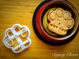 Dog Paw 'I Wuv You' cookie cutter
